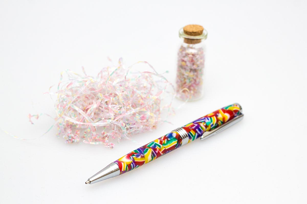 Handgefertigter Kugelschreiber aus Acryl